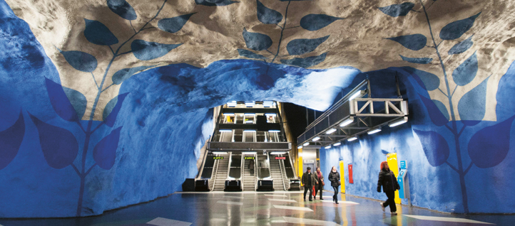 Colourful ceiling in Stockholm Metro (Polfoto)