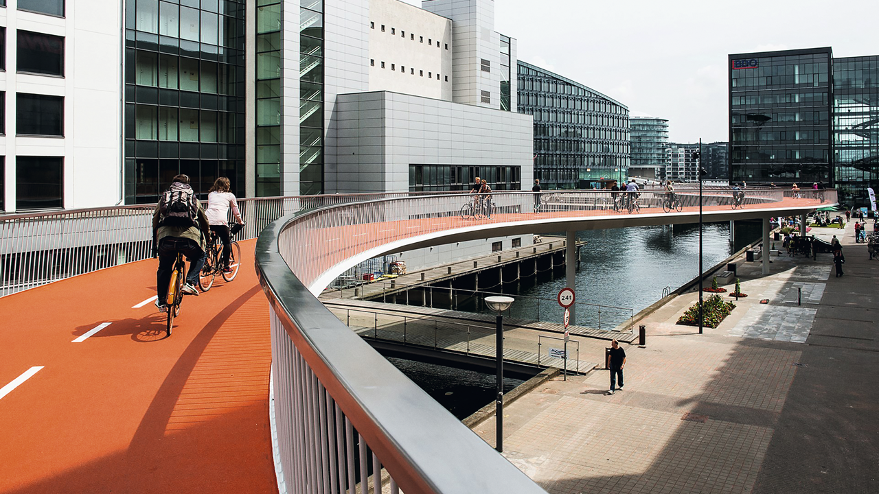 Copenhagen's elevated bike lane, the bicycle snake