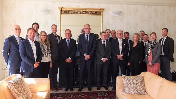 Participants at the industry round-table included Lars Christian Lilleholt, the Danish Minister for Energy, Utilities and Climate, (centre).