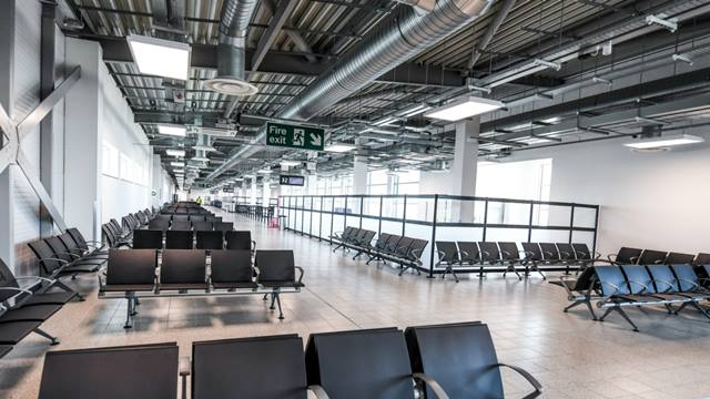 The interior of the boarding pier opened at London Luton Airport in December 2018. (c)LLA