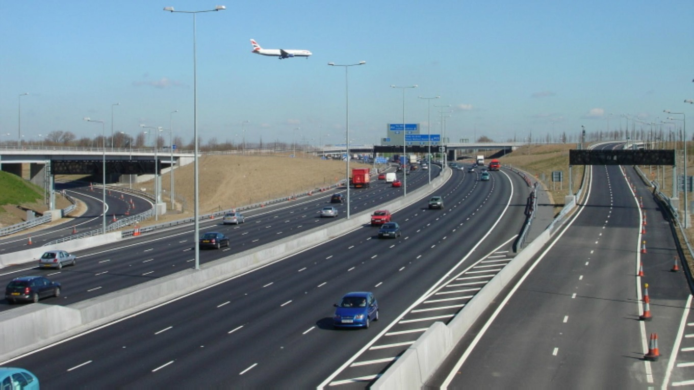M25 motorway J12-15 widening and T5 spur road - Ramboll Group