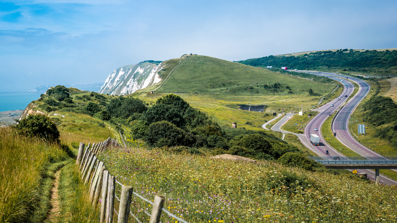 Path to the white cliffs on the coast of Dover, UK. (c) Global_Pics