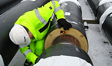 Installation of district heating pipes